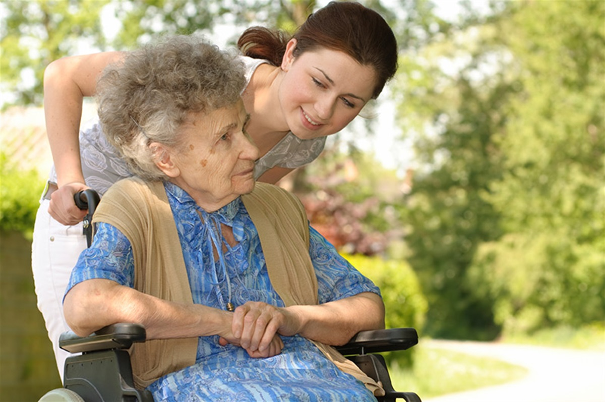 кто может быть опекуном 80 летнего пенсионера