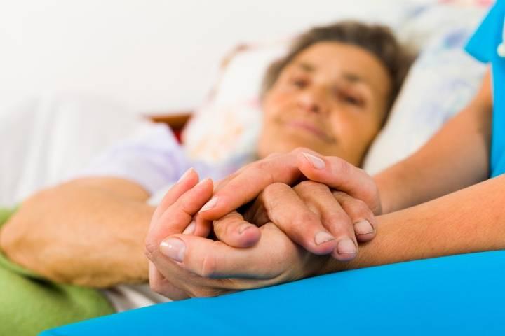уход за лежачими больными в домашних