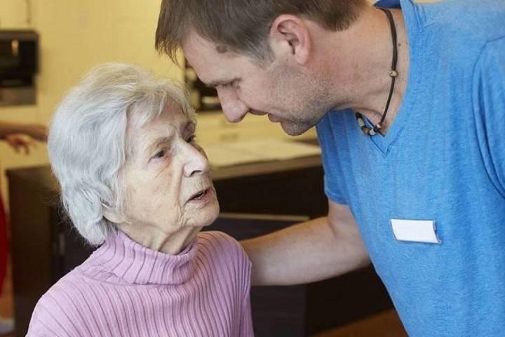 деменция у пожилых людей симптомы лекарства
